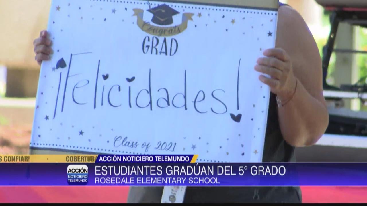 Image for Estudiantes de Rosedale celebran graduación