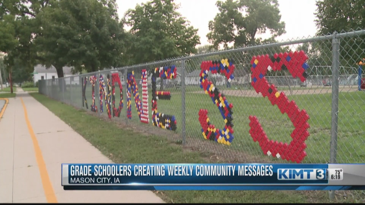 Image for Mason City Roosevelt Elementary students showcasing a message of kindness
