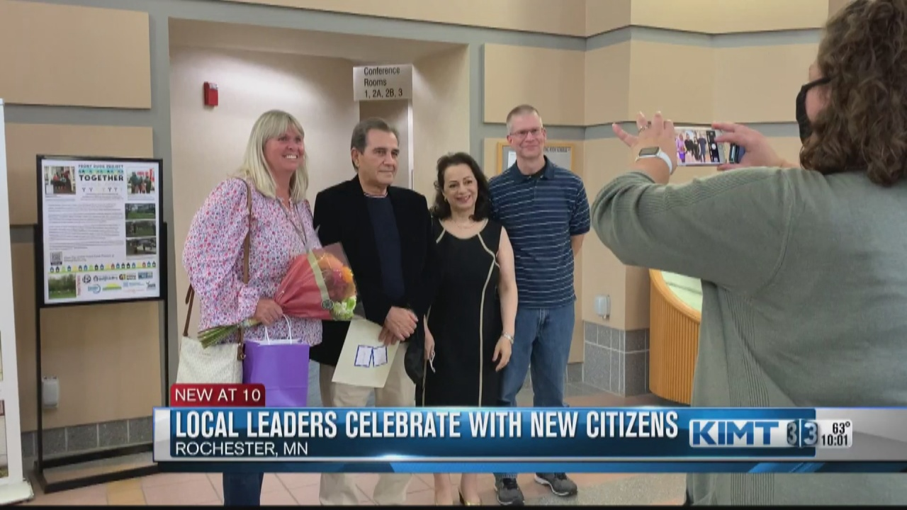 Image for Local leaders celebrate Citizenship Day with newly naturalized Americans