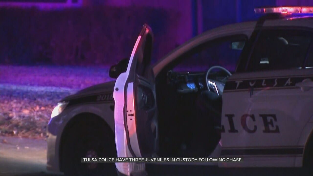 3 Teens In Custody After Police Chase In Stolen SUV
