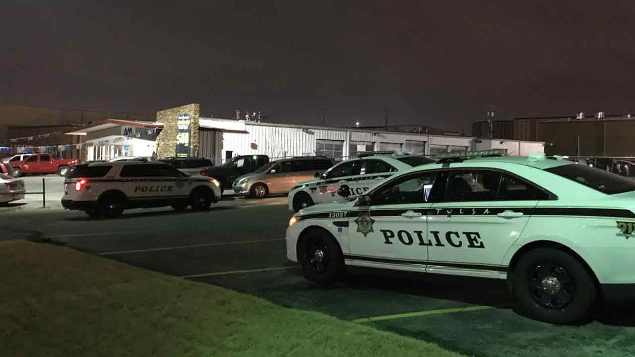 Tulsa Police Searching For Suspects Who Shot At Car Dealership