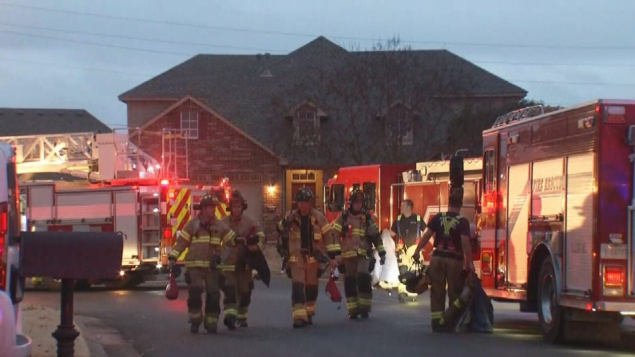 Broken Arrow Firefighters Respond To Early Morning House Fire
