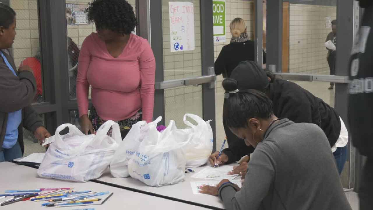 Covenant Group Ministries Distributes Holiday Meal-In-A-Bag To Tulsans