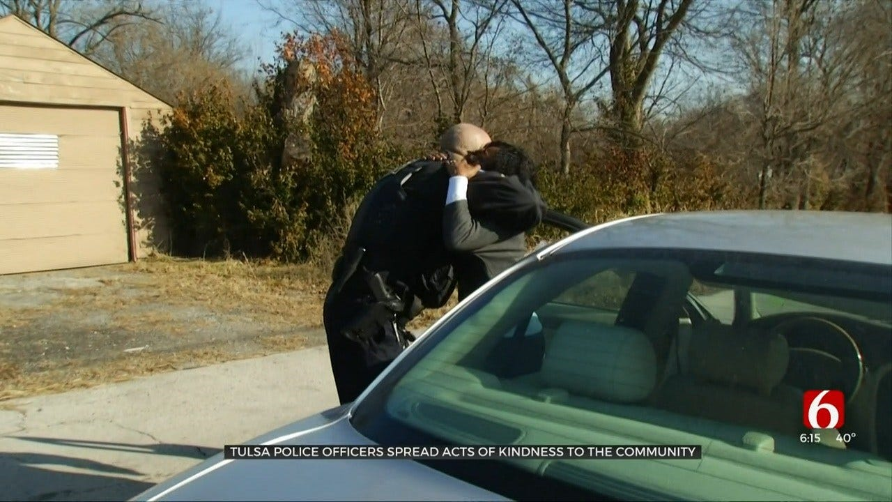 Tulsa Police Officers Make Traffic Stops To Hand Out Gift Cards