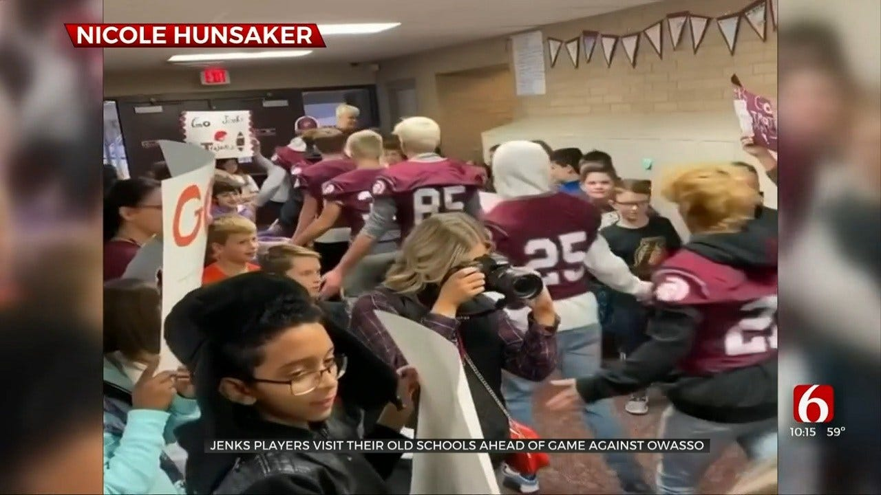 Jenks Visits Elementary School Prior To State Championship Game