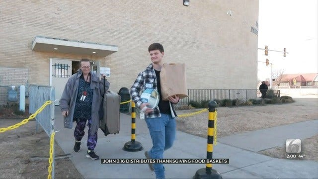 Tulsa Mission, Volunteers Help Put Thanksgiving Dinner On The Table For Many