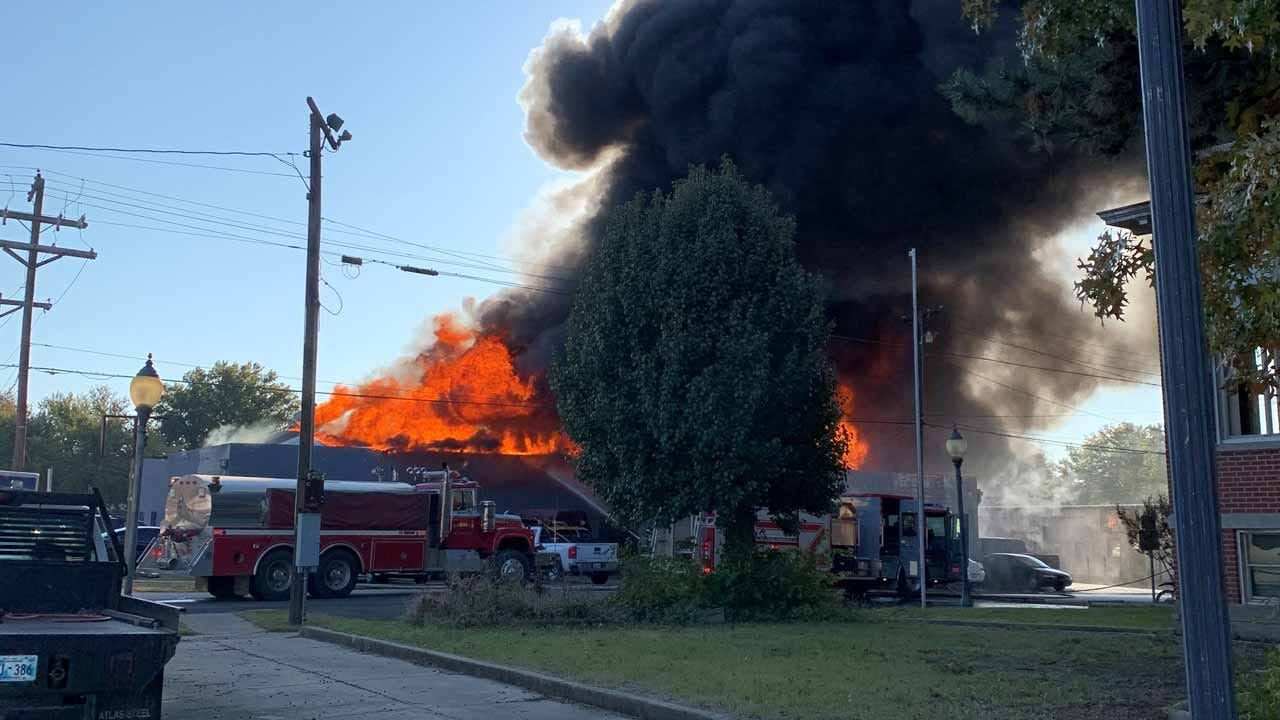 Fire Badly Damages D & J's Auto Clinic In Wagoner