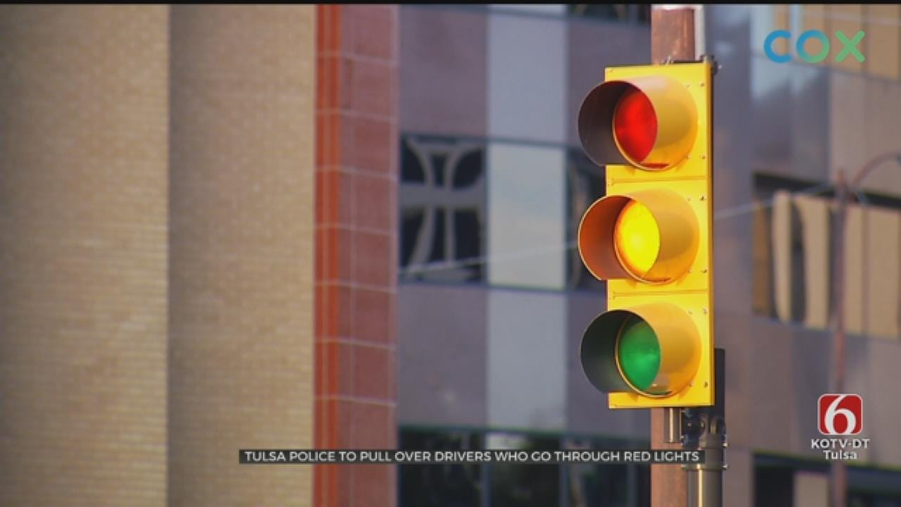 Tulsa Police To Crack Down On Red, Yellow Light Traffic Violations