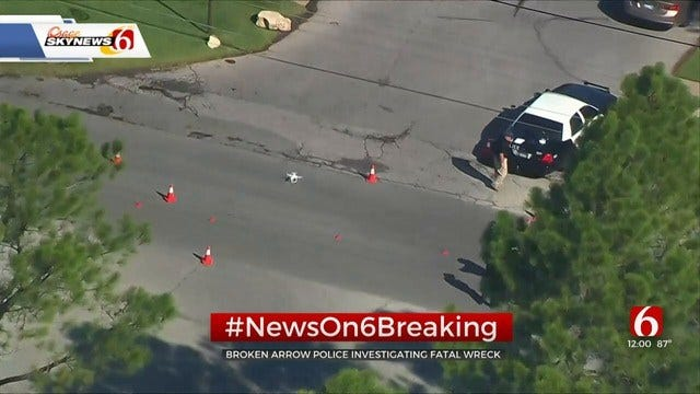 Broken Arrow Police: 74-Year-Old Bicyclist Killed In Collision With Pickup