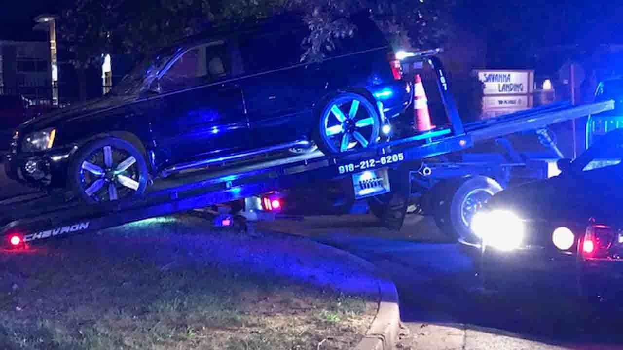 Tulsa Chase Ends After SUV Hits Apartment Building