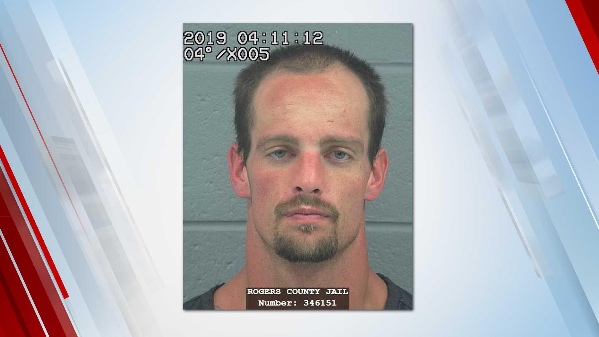 Rogers County Deputies Say Man Robbed Teenager At Gunpoint