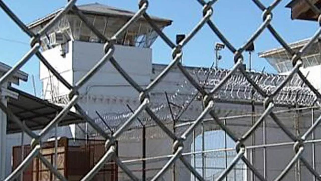 Brazen Prisoner Escape In Tennessee Highlights Guard Shortage In U.S.
