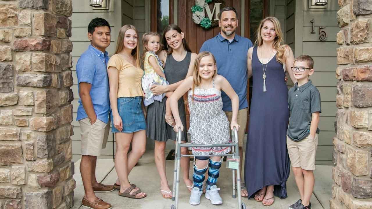 13-Year-Old Girl's Leg Braces Stolen While Traveling Through Oklahoma