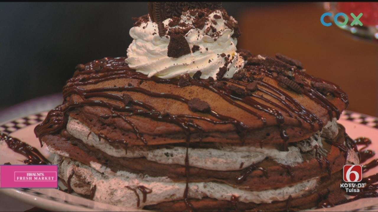 Cookies And Cream Pancakes