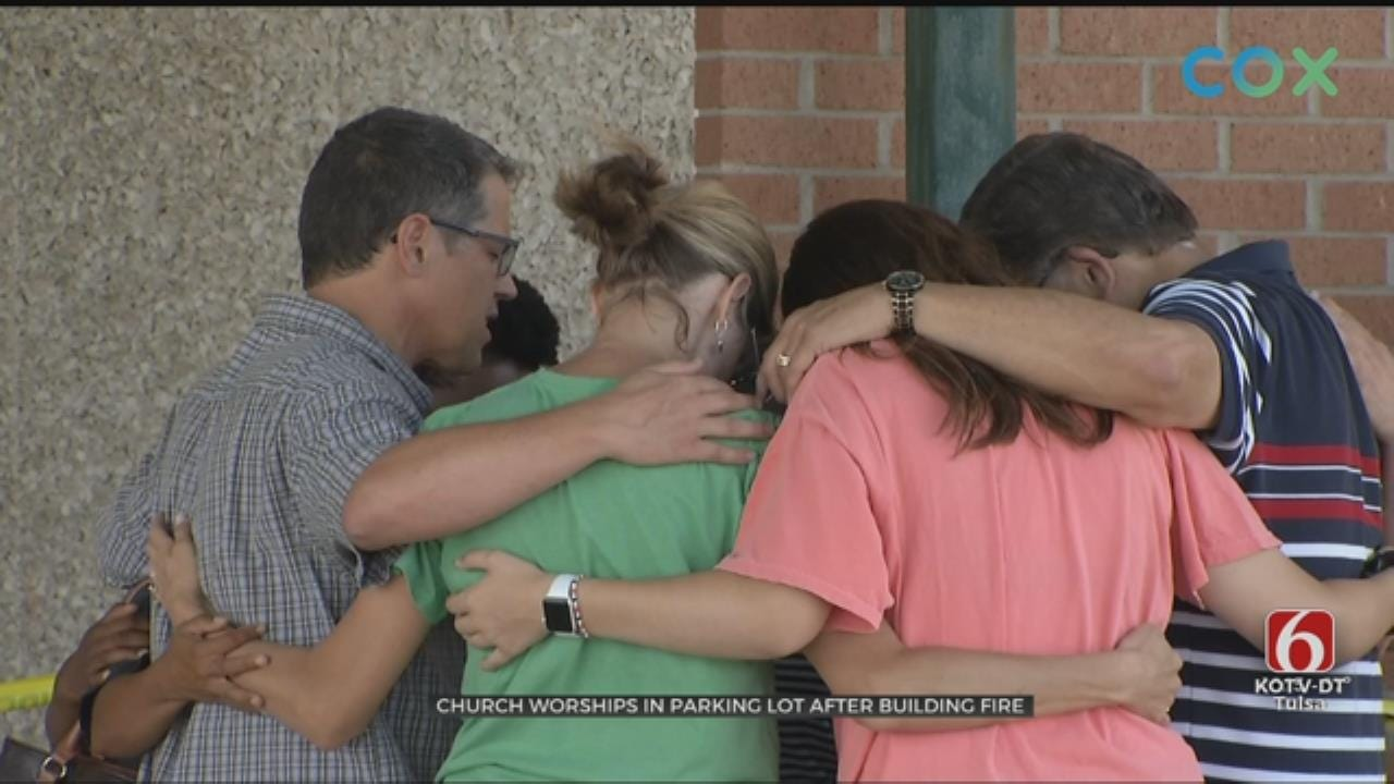 Tulsa Church Worships In Parking Lot After Building Fire