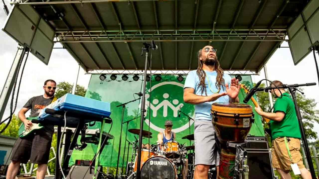 'Caribbean Vibes' Events Draws Good Crowd At Tulsa Gathering Place