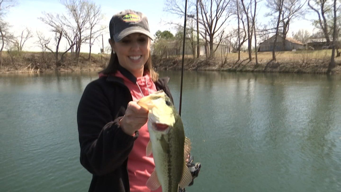 TESTING BAIT: Tess Maune and Reagan Ledbetter Try Out Bobby Garland's Newest Fishing Lure