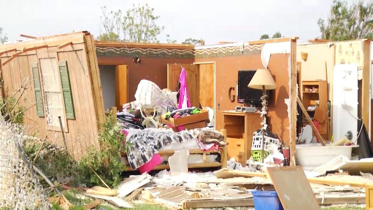 Oklahoma Tornado Victims Seeking To Rebuild