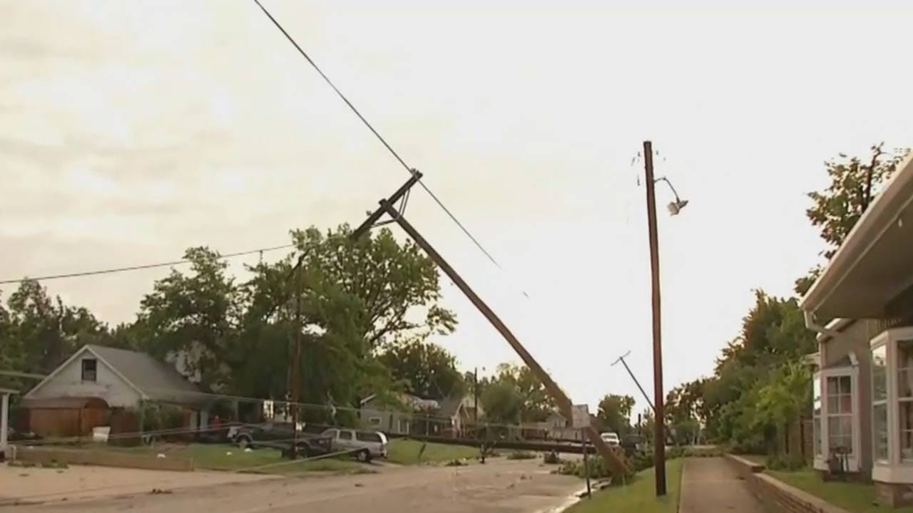 Strong Winds Tear Down Power Lines In Sapulpa