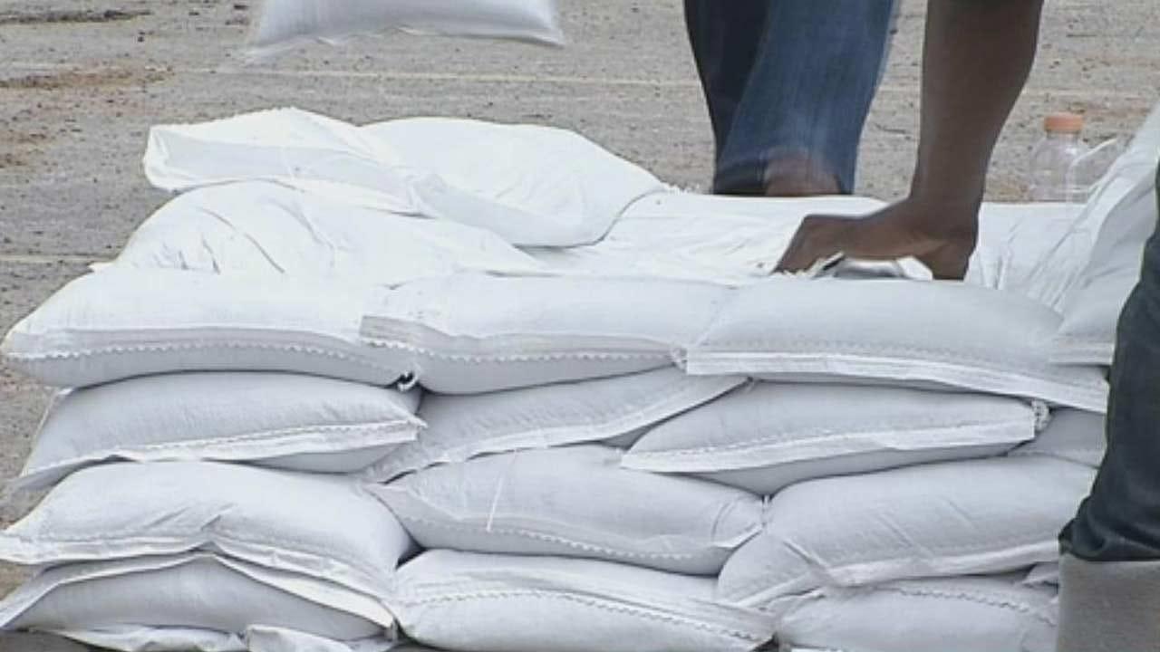 City Of Tulsa Handing Out Free Sandbags