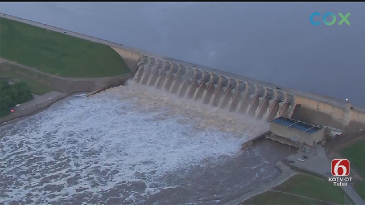 WATCH: Osage SkyNews 6 HD Flies Over the Keystone Dam