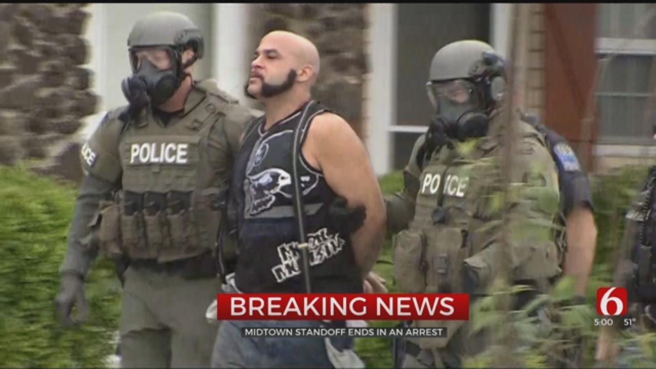 Suspect Arrested After Standoff At Tulsa Apartment Complex