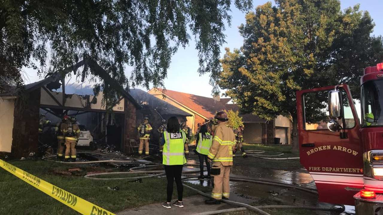 Firefighters Respond To House Fire In Broken Arrow