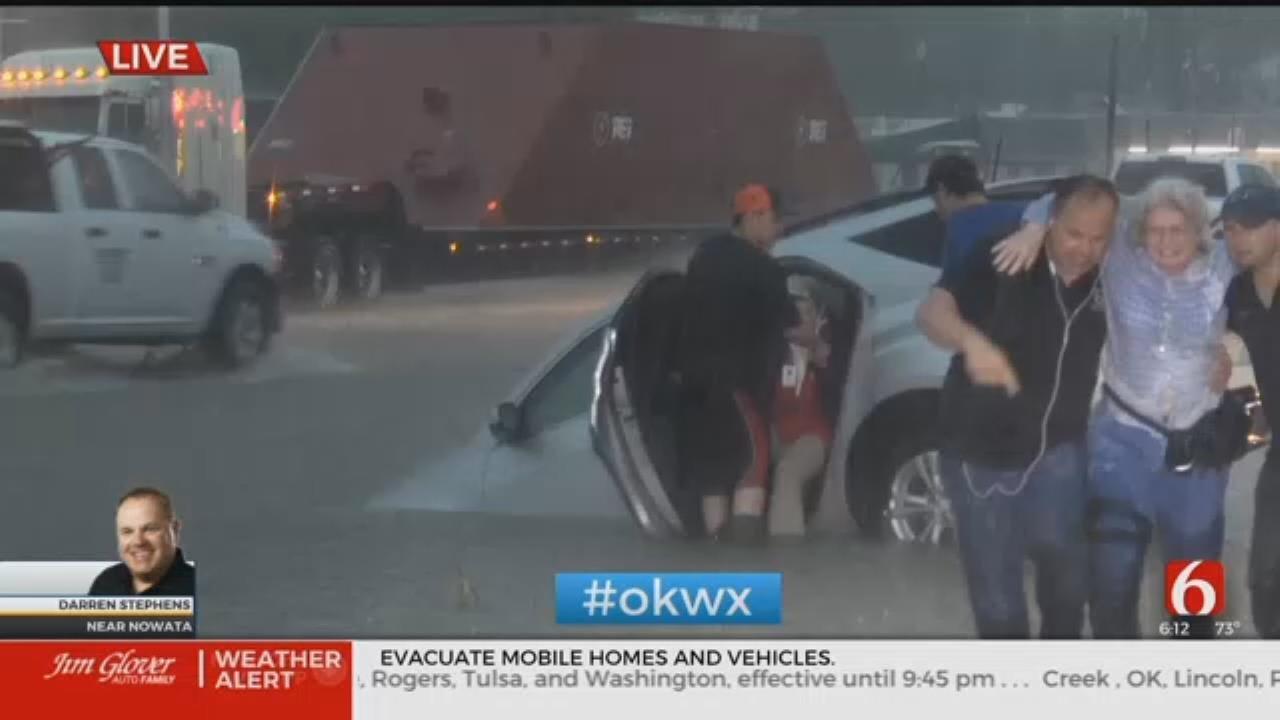 WATCH: Storm Tracker Darren Stephens Helps Rescue Woman In Nowata
