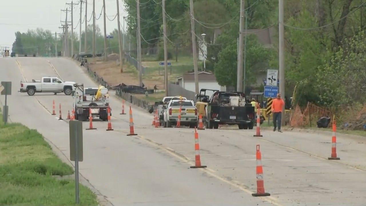 WATCH: Damaged Gas Line Closes Broken Arrow Road