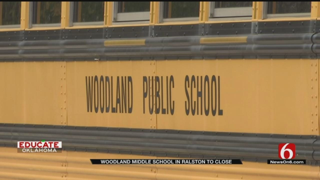 Ralston Community Frustrated After Board Votes To Close School