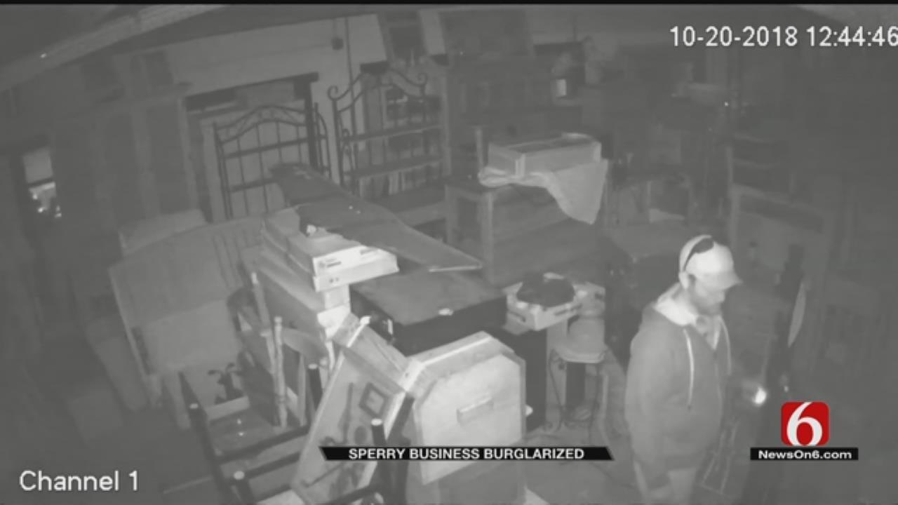 Tulsa County Sheriff's Office Looks For Burglar