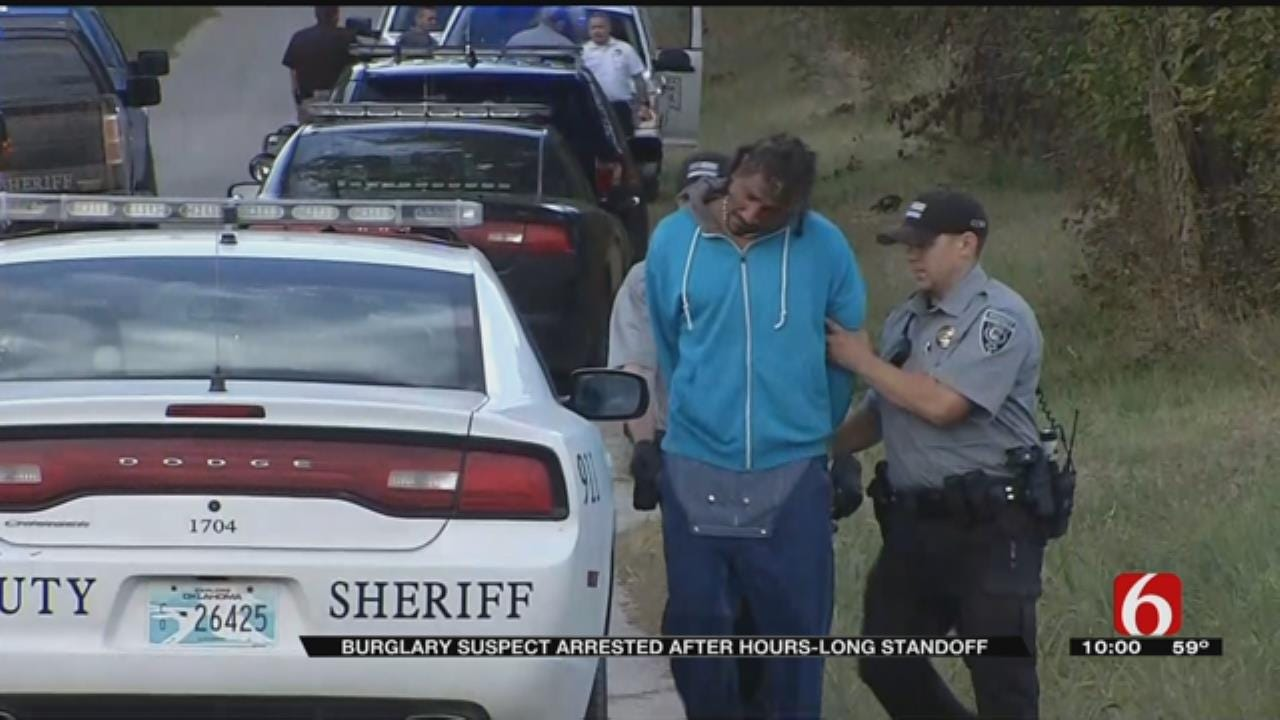 Man Arrested After Manhunt, Standoff In Rogers County