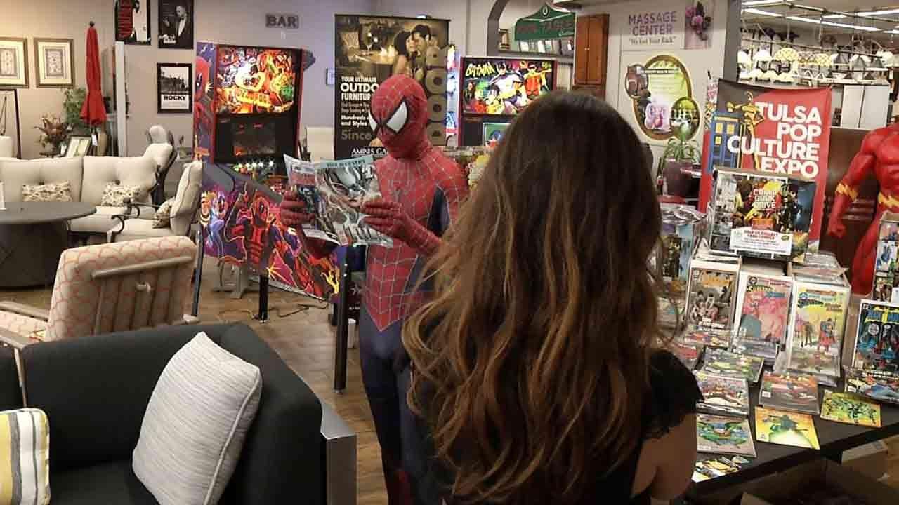 Tulsa Pop Kids Donates Thousands Of Comics To School Programs
