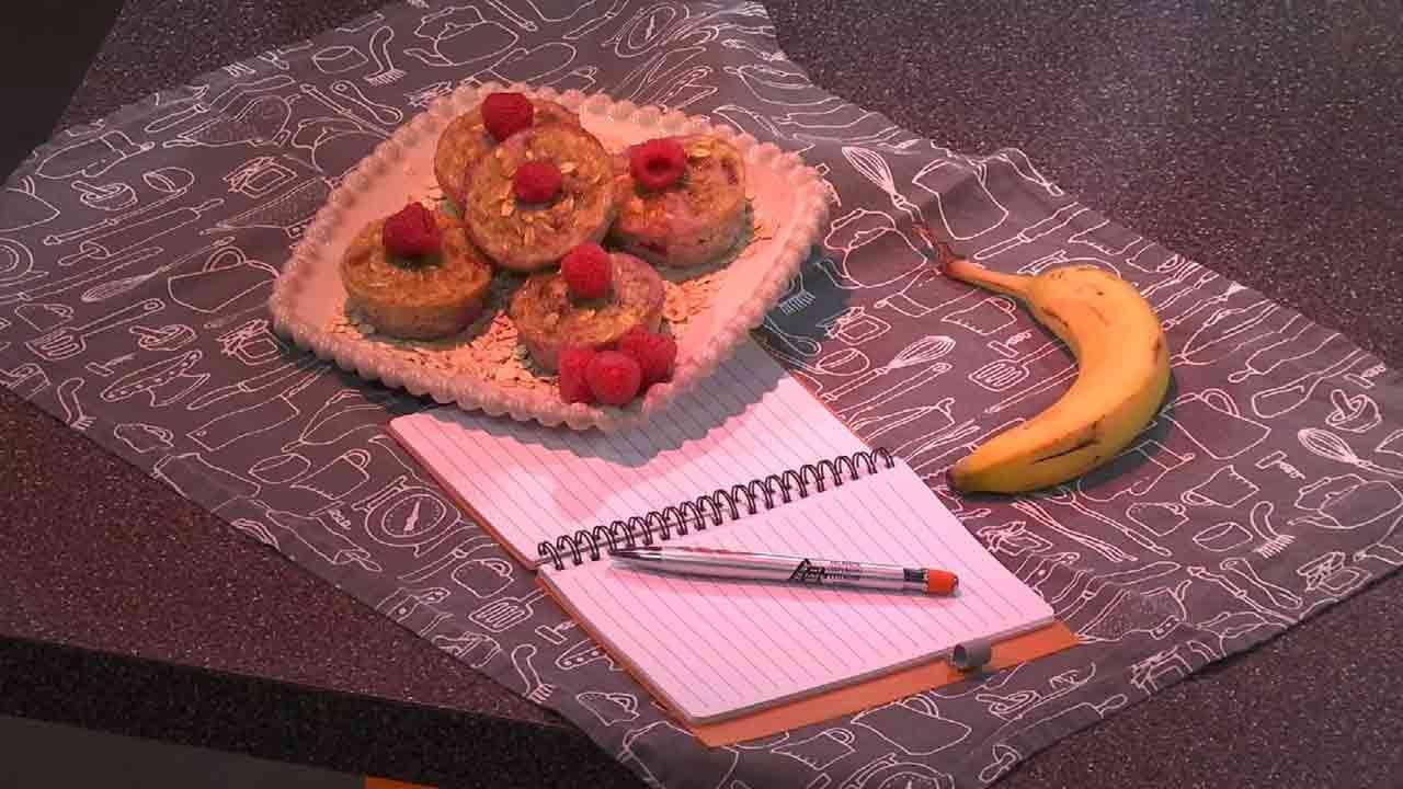 Healthy Banana Raspberry Oatmeal Muffin
