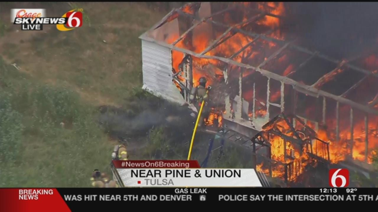 WATCH: Tulsa Firefighters Quickly Knock Down Building Fire