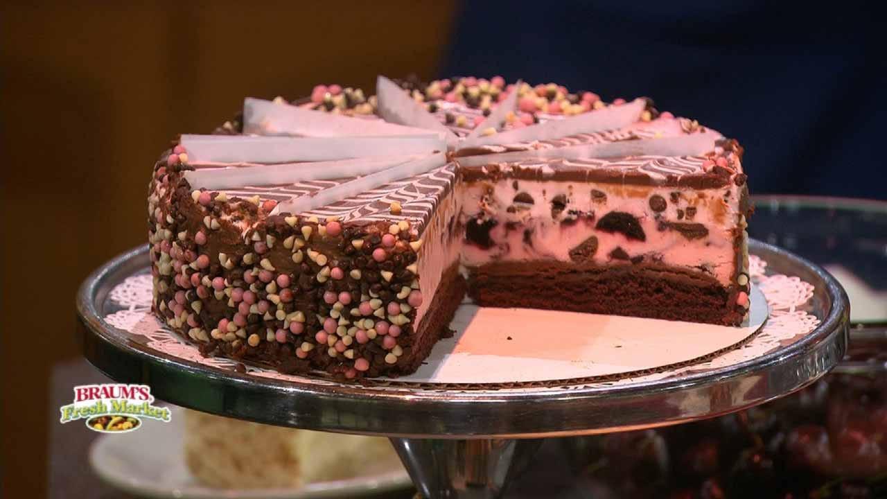 Very Cherry Cheesecake Sundae