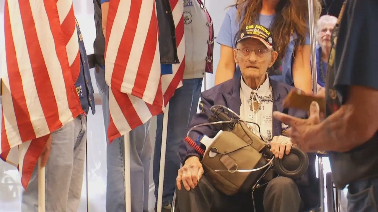 WEB EXTRA: WWII Survivor Send Off At Tulsa International Airport