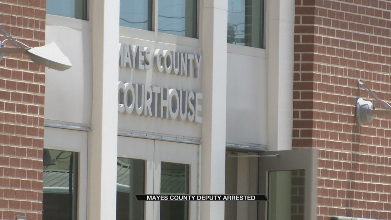 Mayes County Deputy Fired After Confessing To Using Drugs