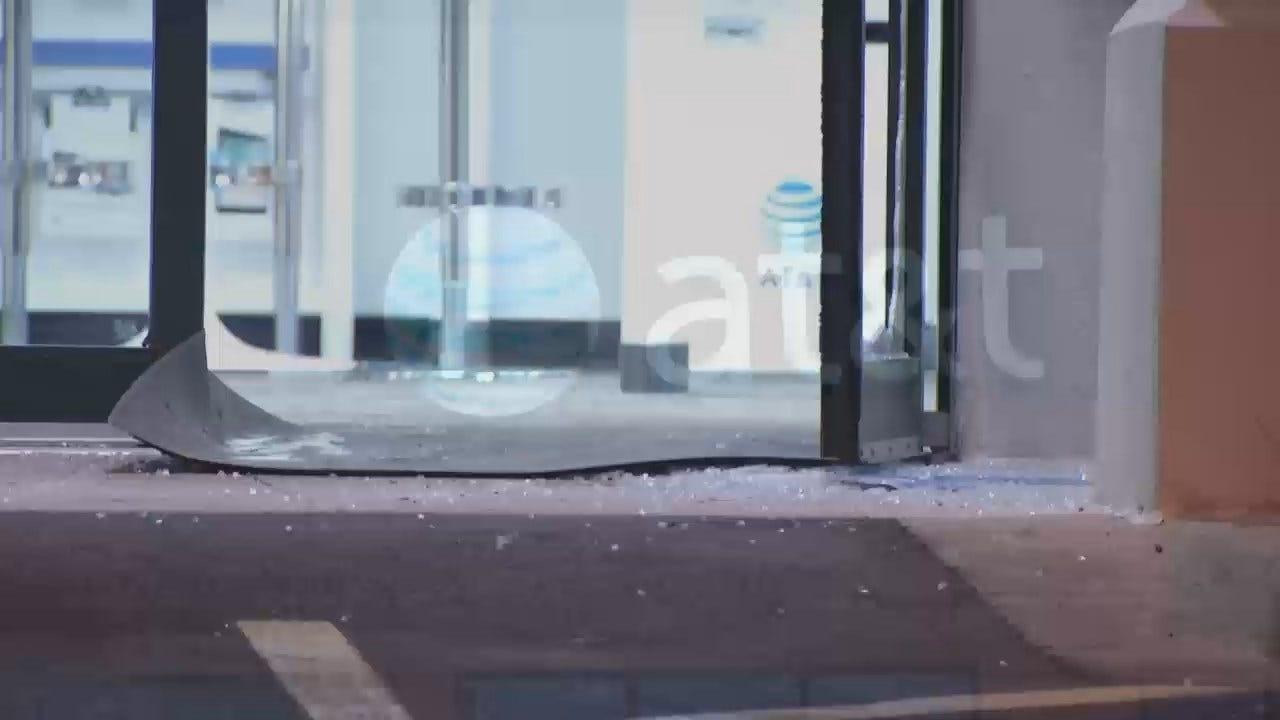 WEB EXTRA: Video From Scene Of Tulsa AT&T Store Burglary