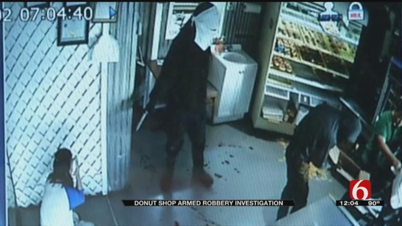 Tulsa Daylight Donuts Workers Robbed At Gunpoint