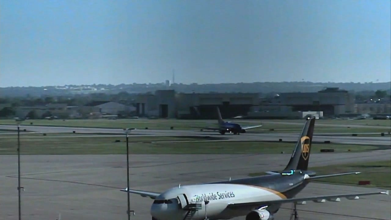 WEB EXTRA: Traffic Cam Video Of Emergency Landing At TIA