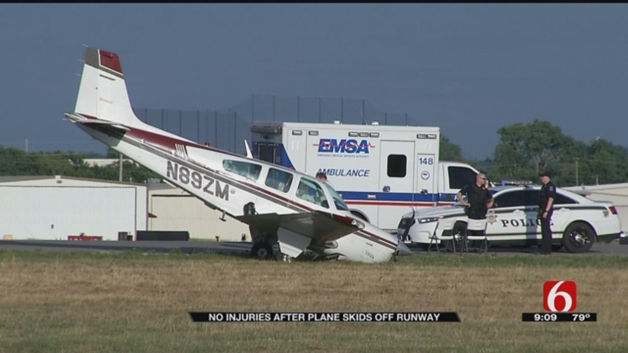 Plane Skids Off Runway At Tulsa Area Airport