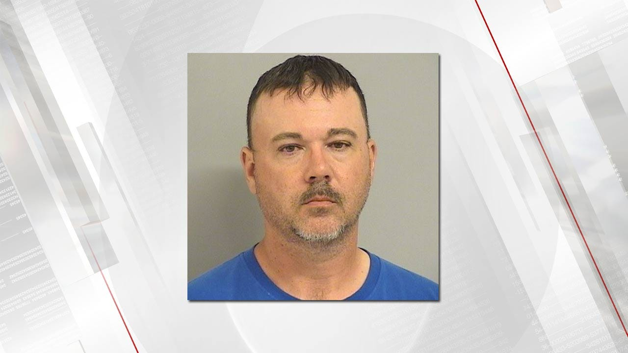 Lori Fullbright: TPD: Convicted Sex Offender Arrested For Exposing Himself In Parking Lot