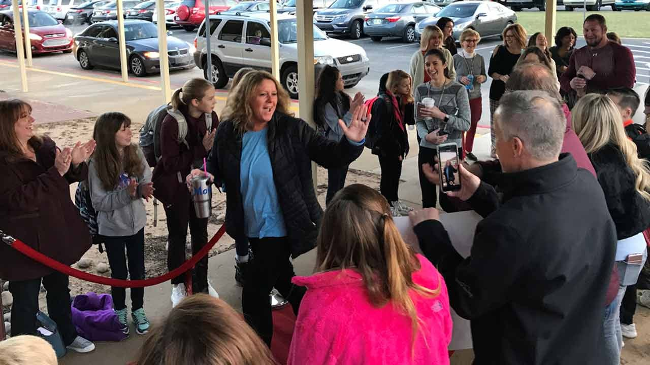 Dave Davis: Jenks Gives Teachers A Red Carpet Welcome