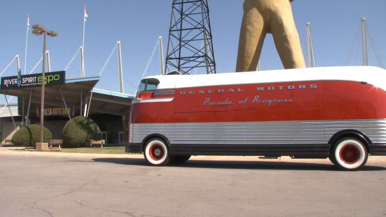 G.M. Futureliner Featured At Tulsa Auto Show