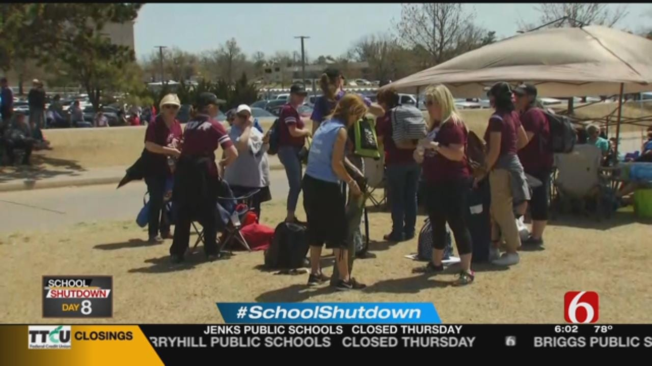 Jenks Teachers Still Supporting The Teacher Walkout On Day 8
