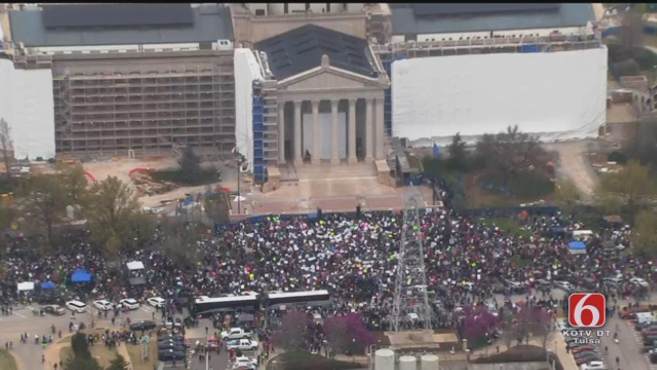 Oklahoma Teachers March On State Capitol