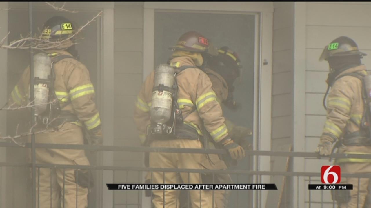 Tulsa Crews Fight Apartment Fire