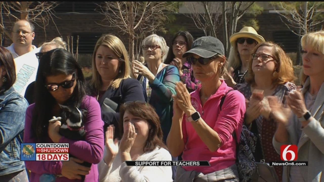 Tulsa Teacher Rally Draws Supportive Crowd
