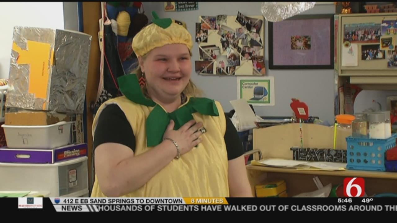 Sperry Educator Who Dresses Up In Costume, Recognized As An 'Impactful Teacher'